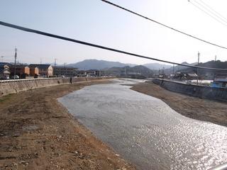 改修工事後の南方3丁目付近の紫川